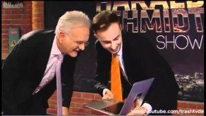 Böhmermann erklärt Schmidt das Internet.